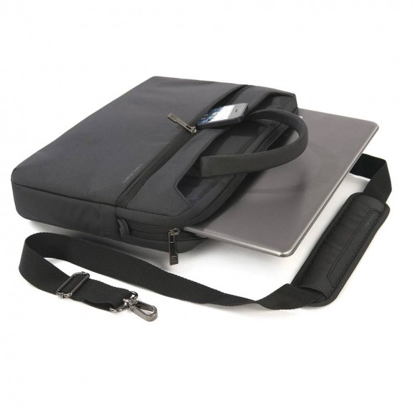 125044552-5-tucano_wo2_mb13_new_wo_13_black_notebook_cantasi
